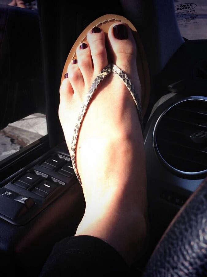 Katie Aselton Feet