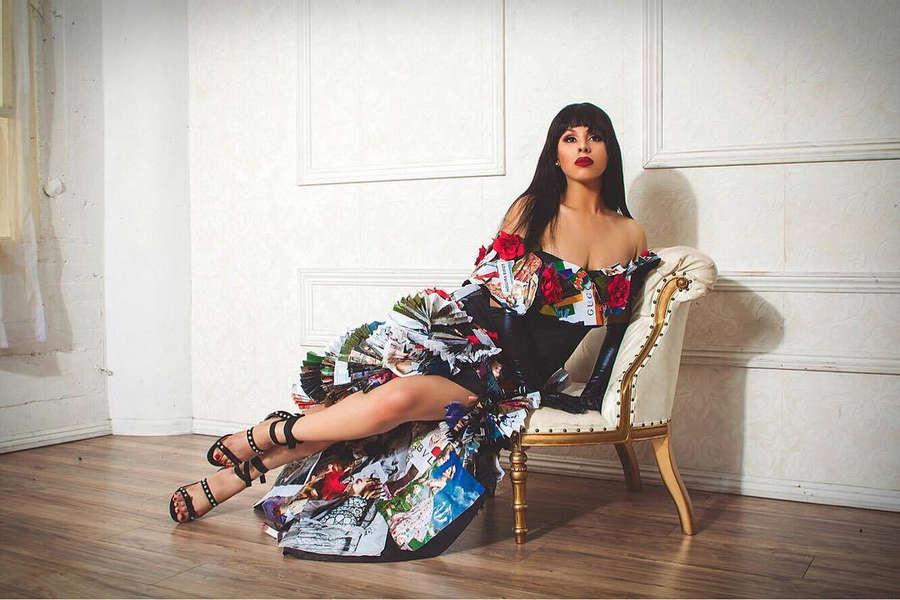 Hailie Sahar Feet
