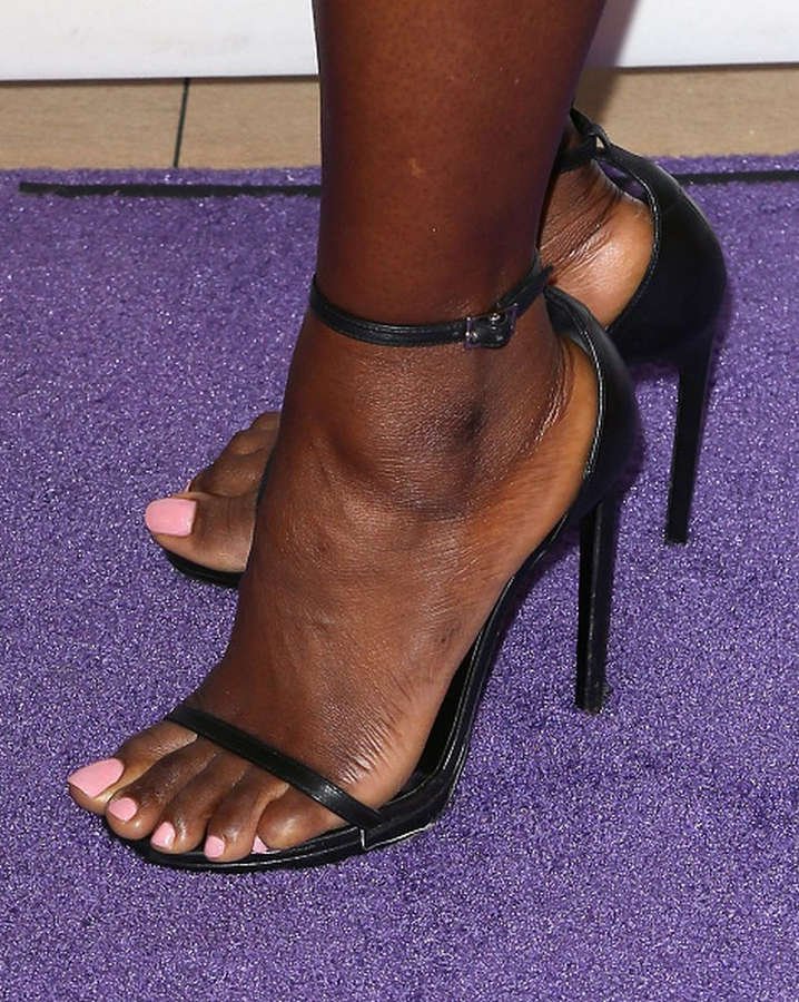 Erica Tazel Feet