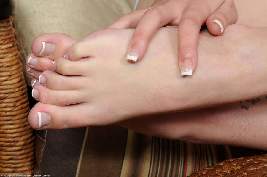 Lola Vaughn Feet