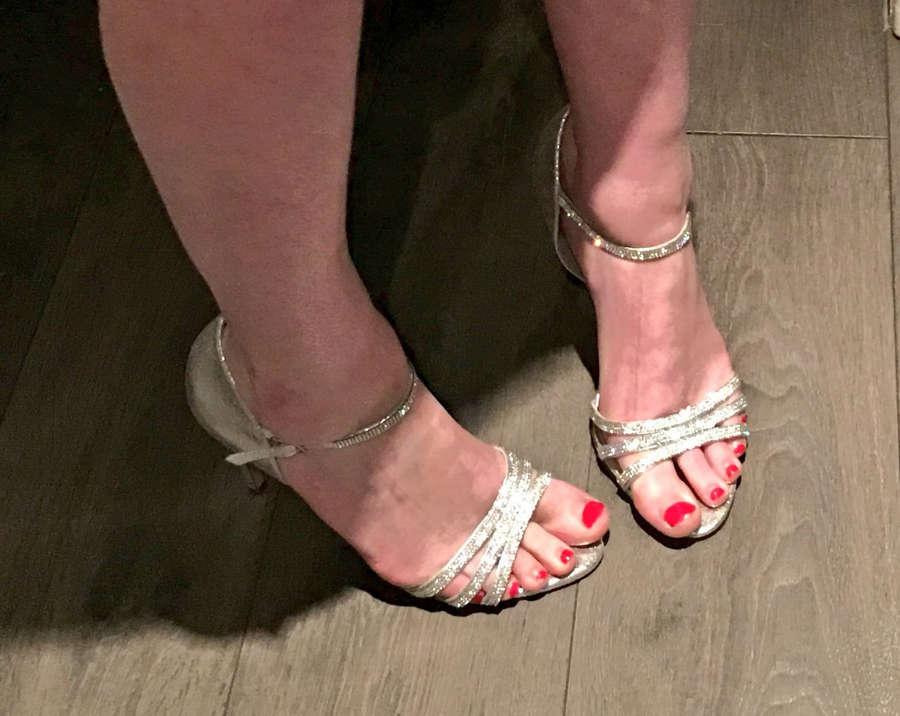 Chloe Davis Feet