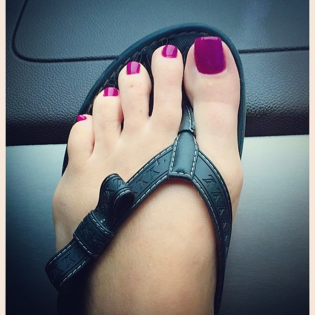 Kim Zolciak Feet