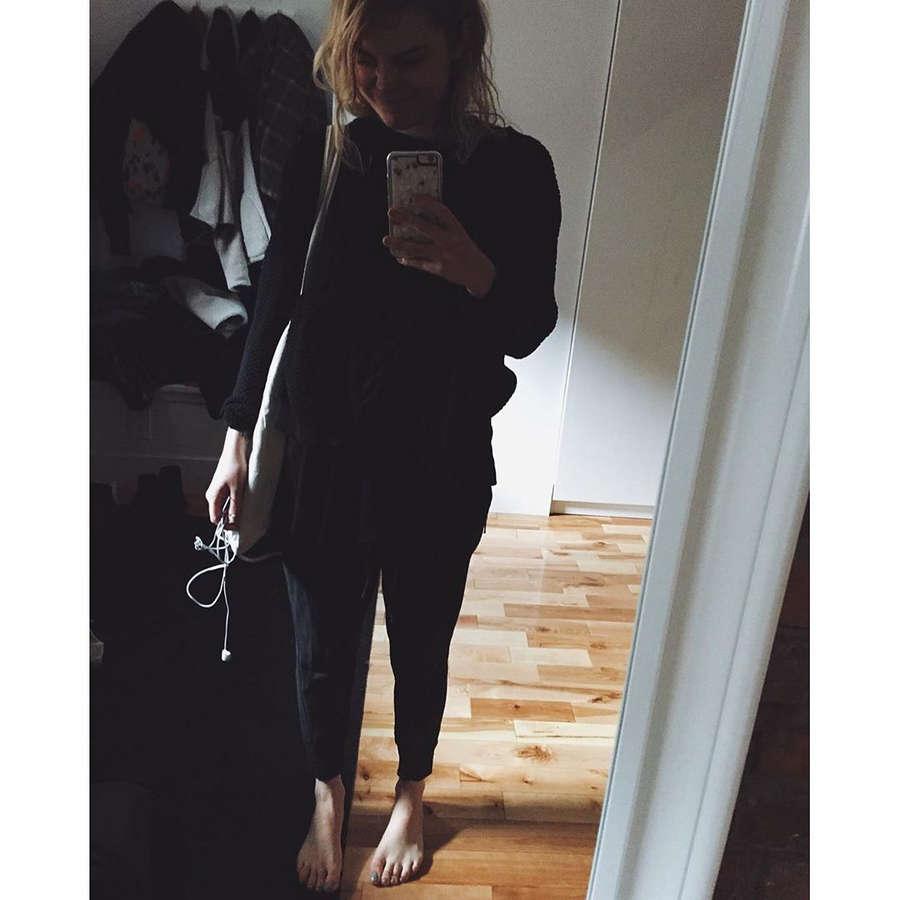 Beatrice Martin Feet