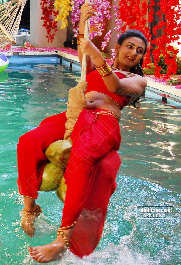 Neelam Upadhyaya Feet