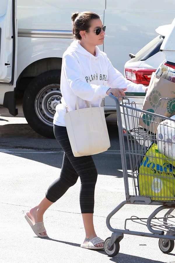 Lea Michele Feet