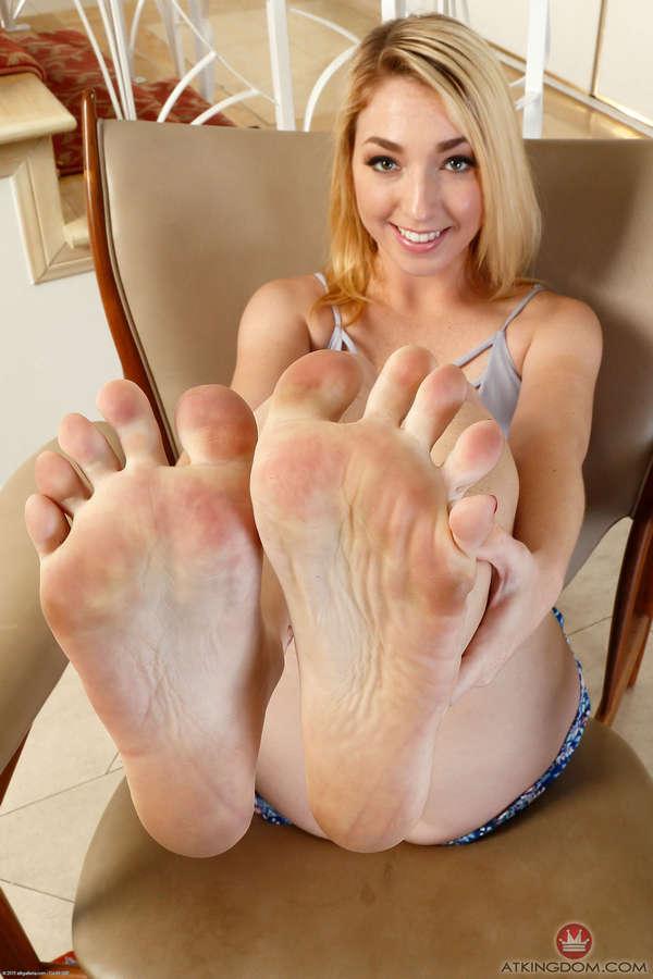 Zoe Parker Feet