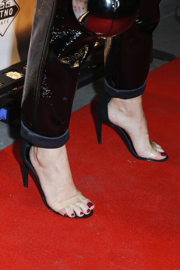 Olga Kalicka Feet
