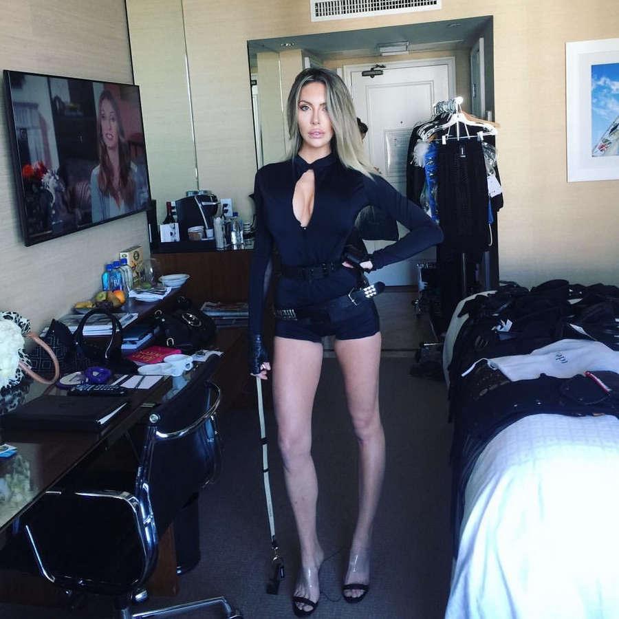 Chloe Lattanzi Feet