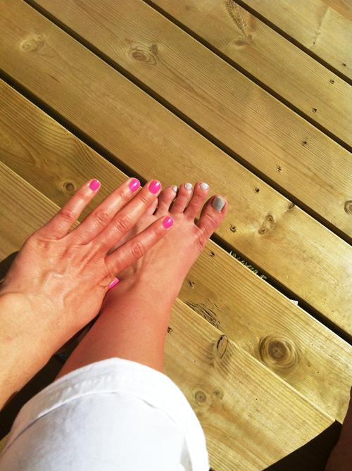 Sarah Louise Christiansen Feet
