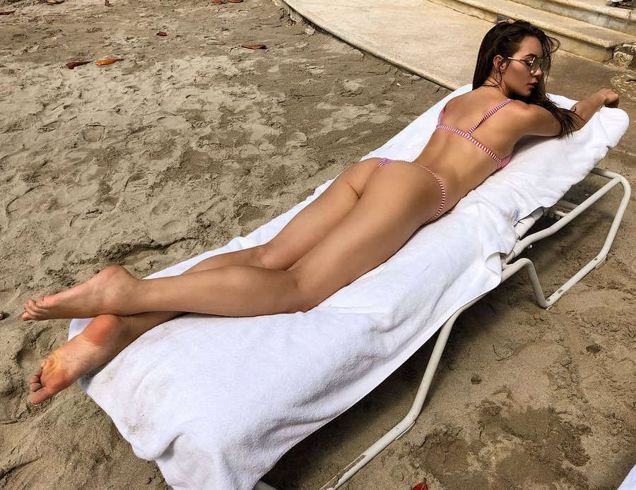 Kristyna Schickova Feet