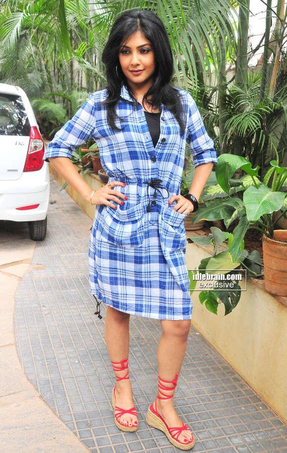 Kamalinee Mukherjee Feet