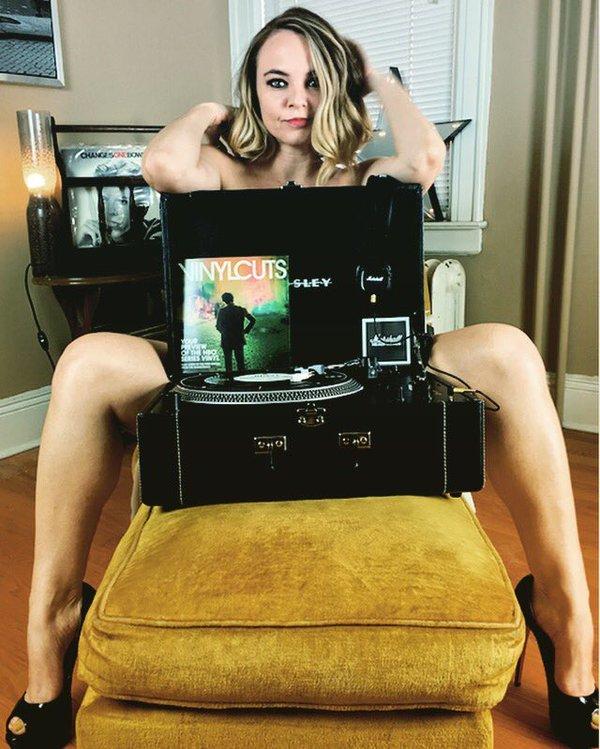 Angela Belcamino Feet
