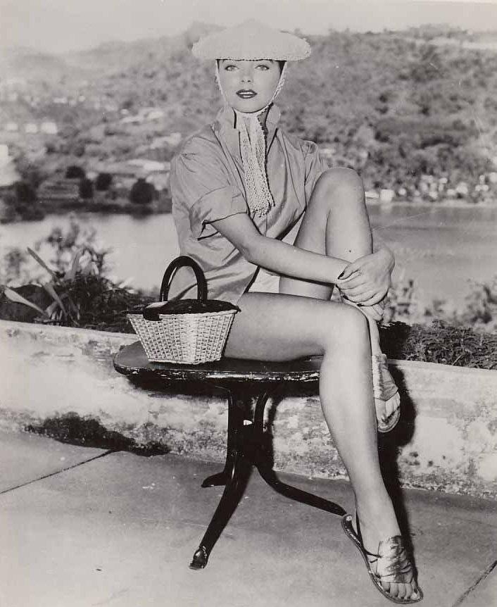 Joan Collins Feet