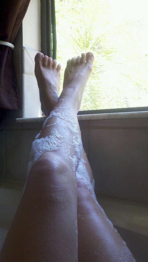 Britney Lace Feet