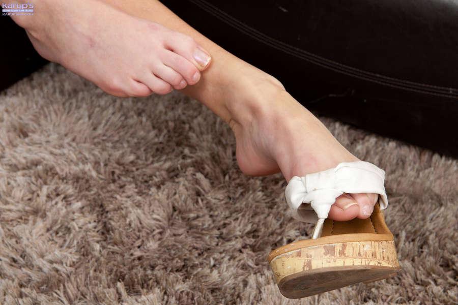 Elaina Raye Feet