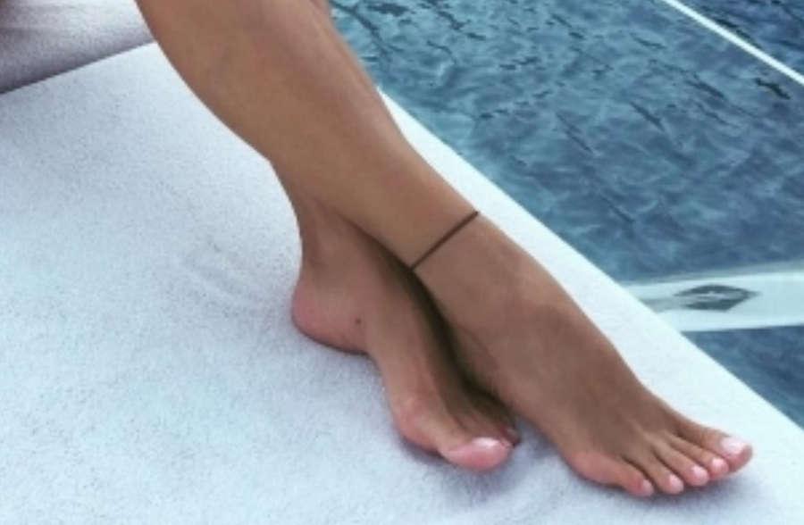 Emina Sandal Feet
