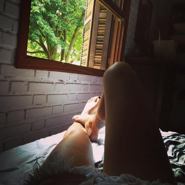 Gabriela Mendes Feet