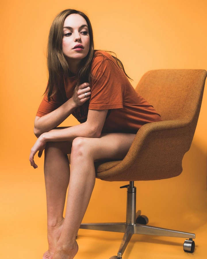 Michelle Mylett Feet