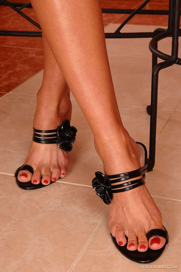 Alexa Weix Feet