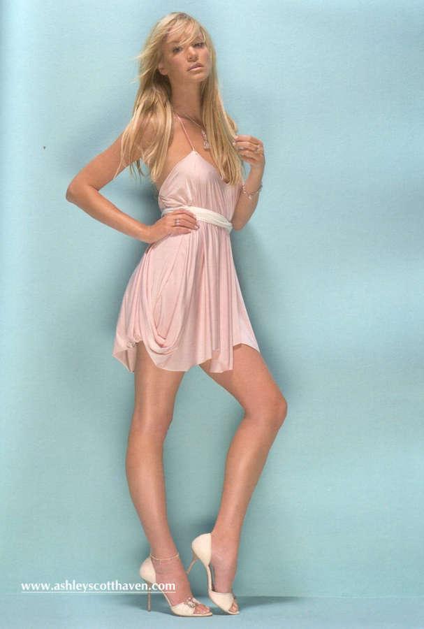 Ashley Scott Feet