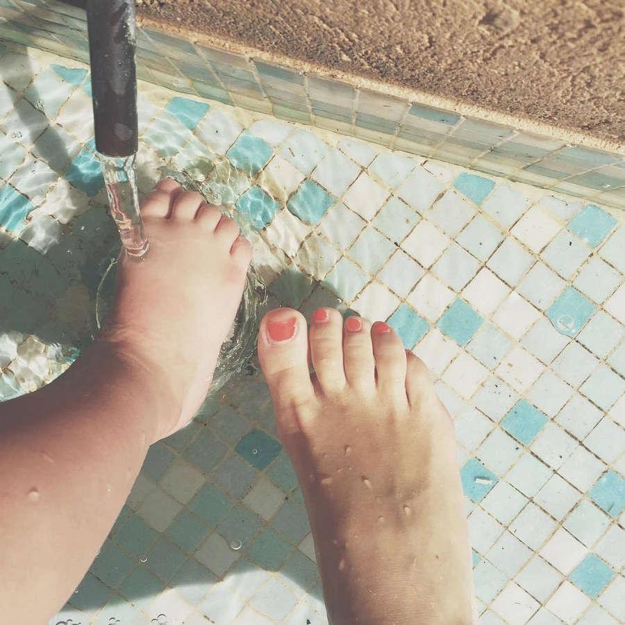 Erika Van Tielen Feet