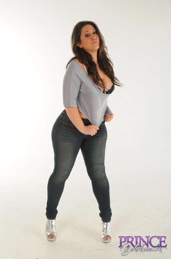 Vanessa Blake Feet