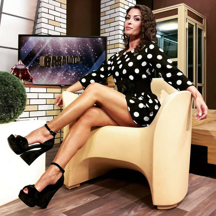 Sheila Capriolo Feet