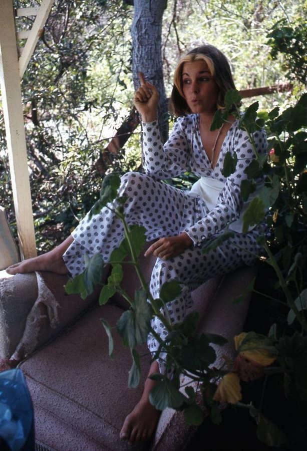 Susan Saint James Feet