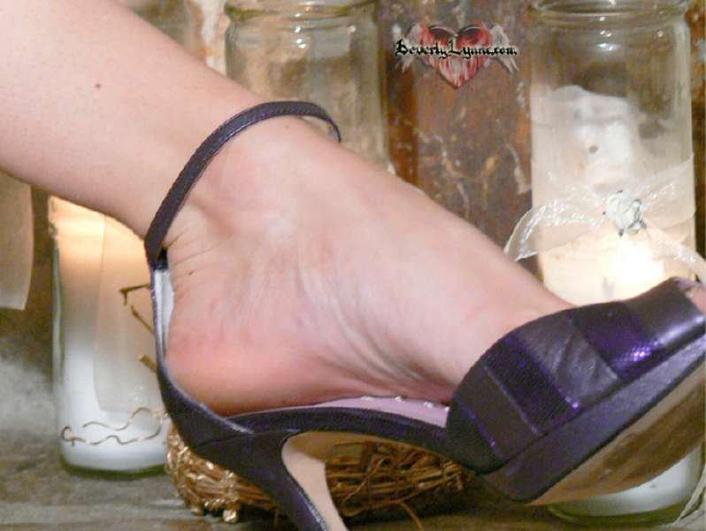 Beverly Lynne Feet