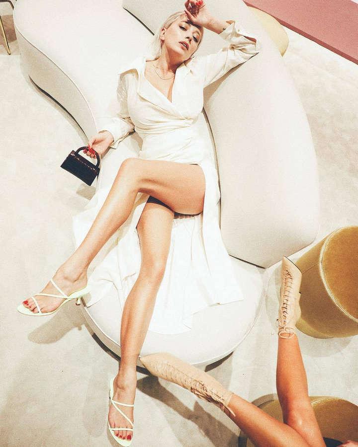 Caroline Vreeland Feet