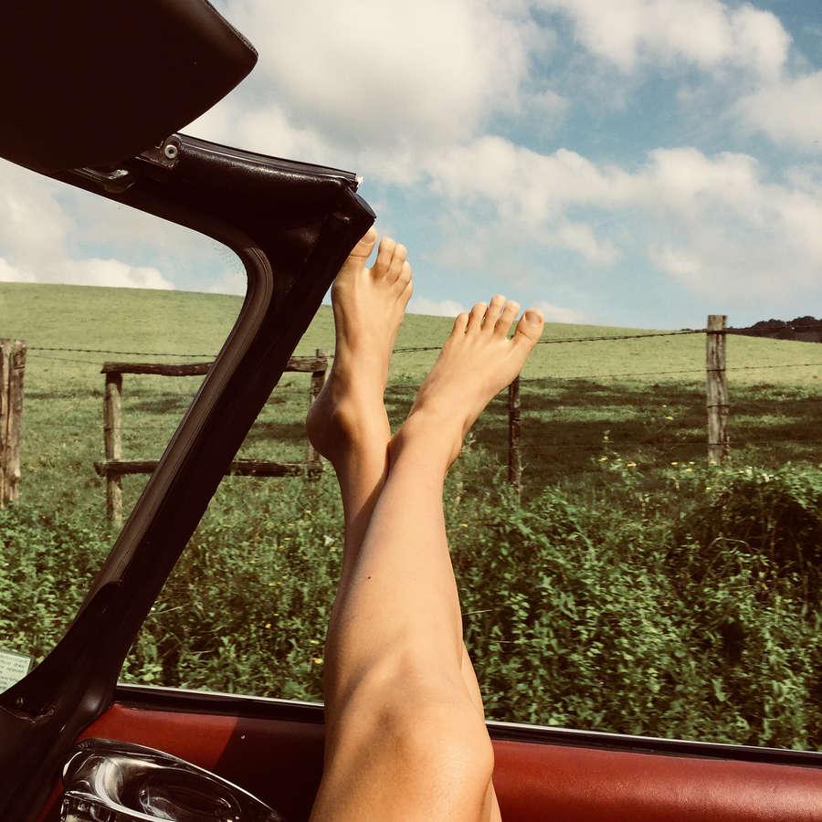 Kelly Rohrbach Feet