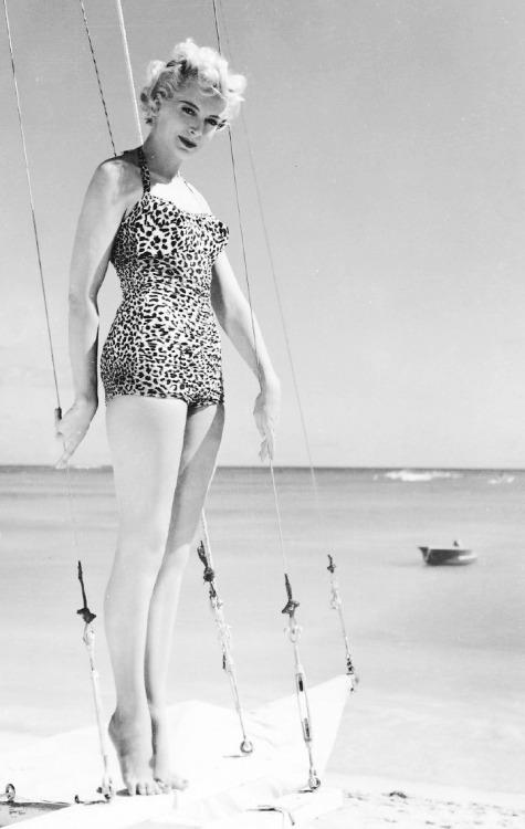 Deborah Kerr Feet