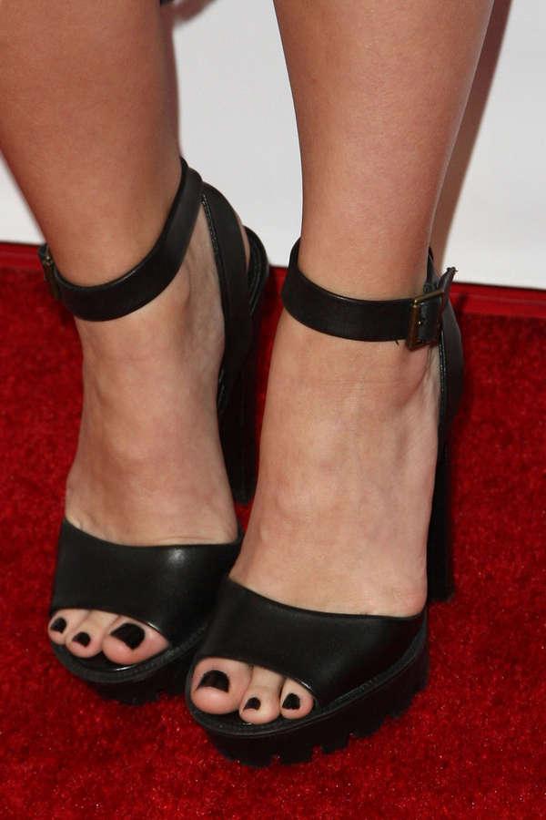 Michelle DeFraites Feet