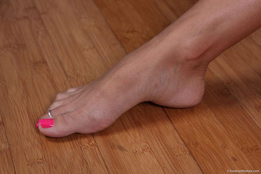 Breanne Benson Feet