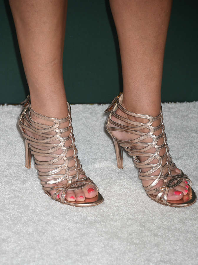 Cat Cora Feet