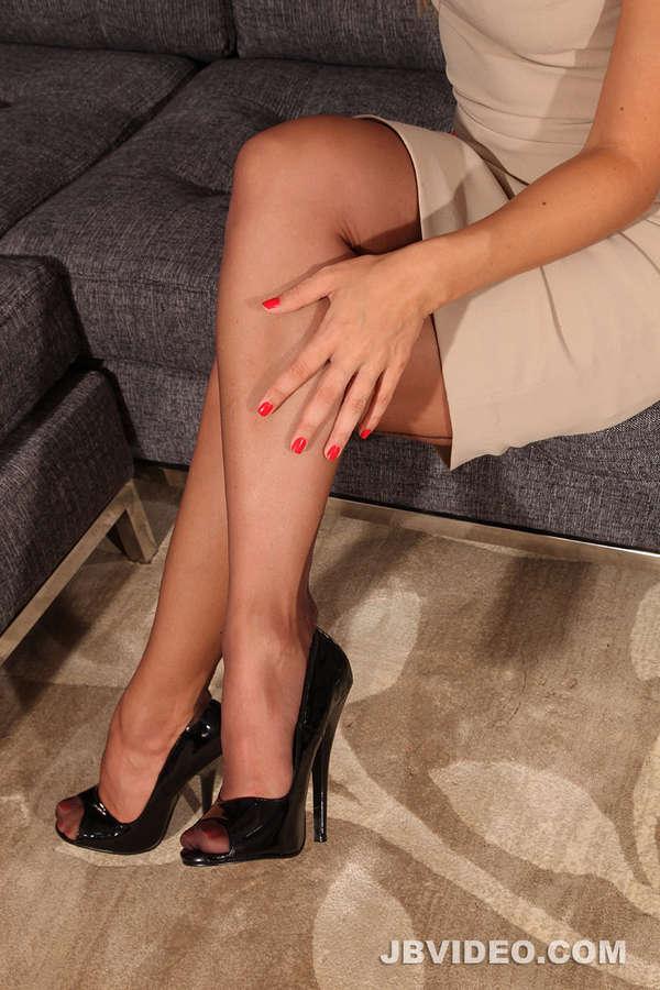 Lea Lexus Feet