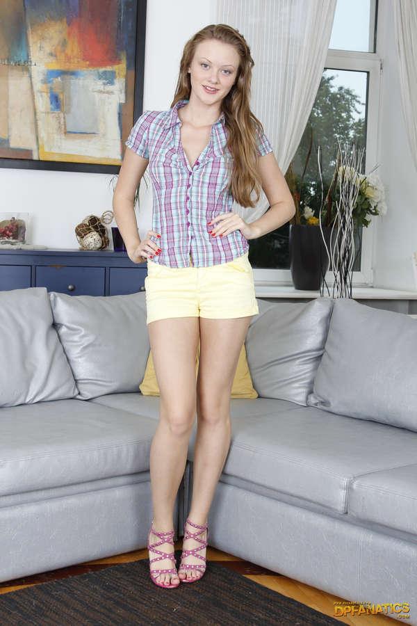 Lili Lamour Feet