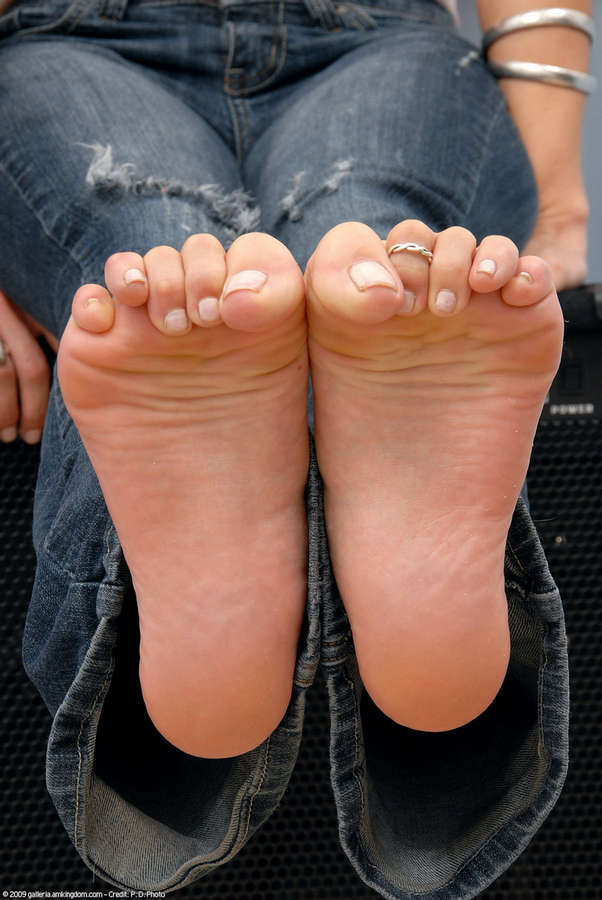 Jasmyn Jolie Feet