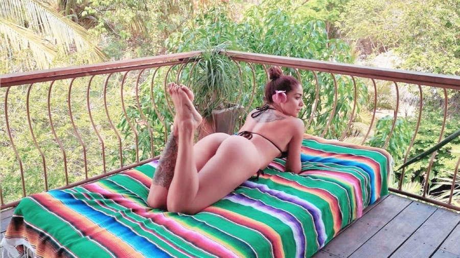 Erika Fernandez Feet