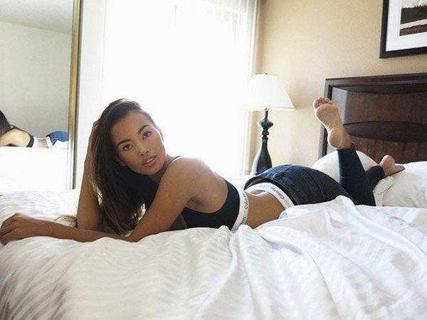 Jennifer Berg Feet