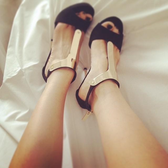 Paola Iezzi Feet