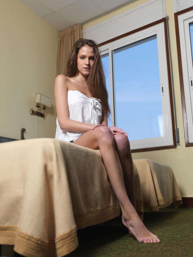 Silvie Deluxe Feet