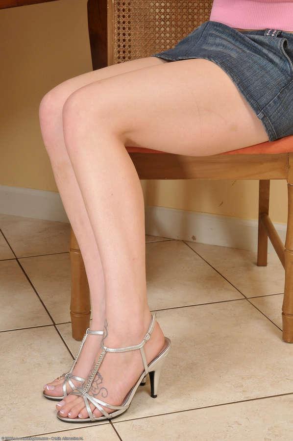 Ally Ann Feet