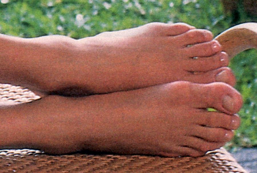 Vera Fischer Feet