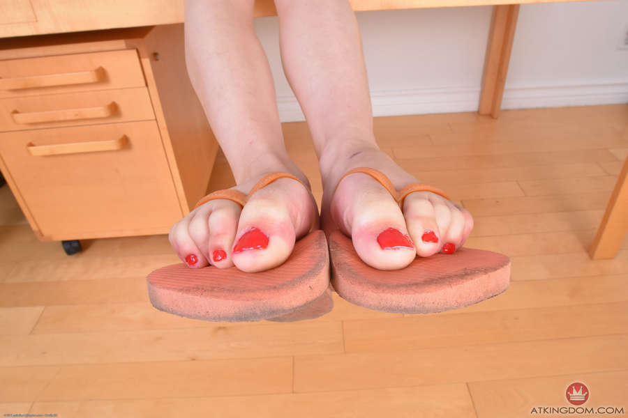 Cadey Mercury Feet