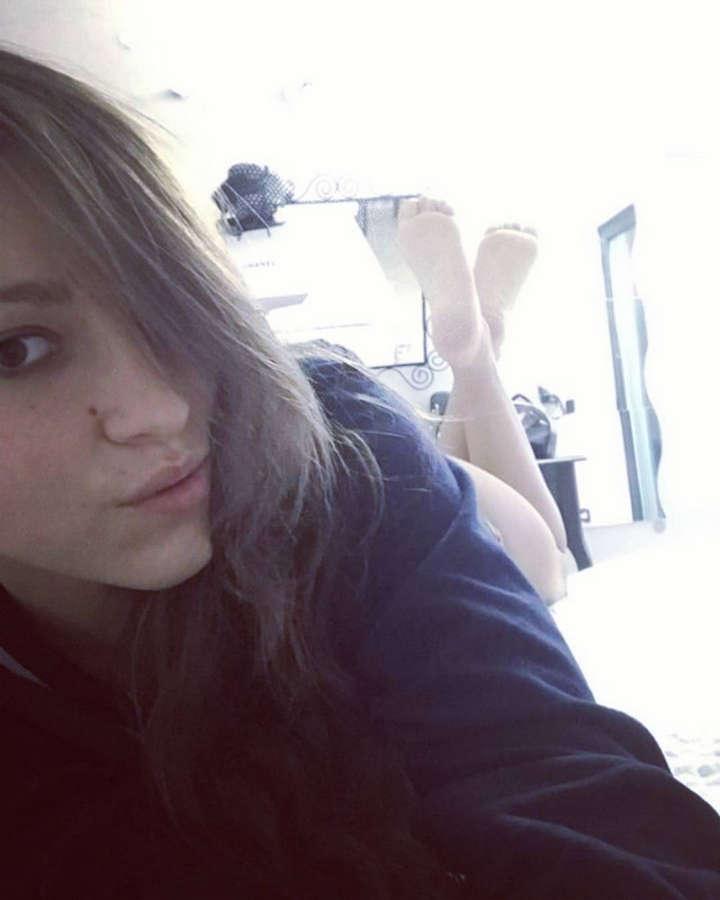 Federica Lepanto Feet