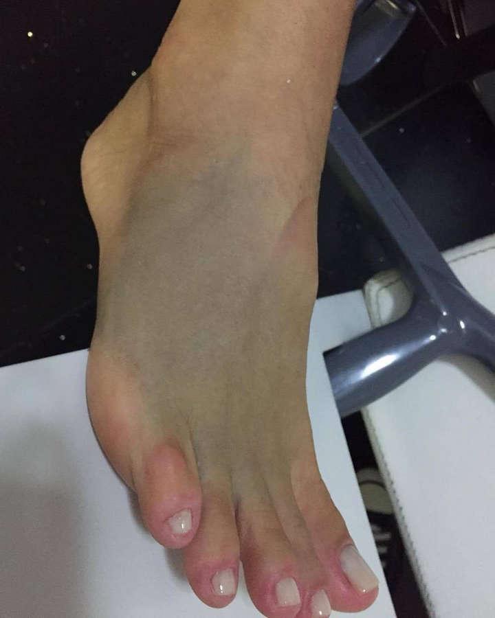 Xuxa Meneghel Feet