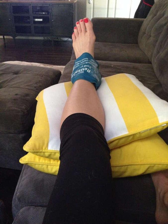 Stephanie Simmons Feet