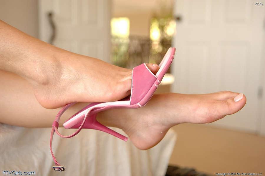 Sandy Summers Feet