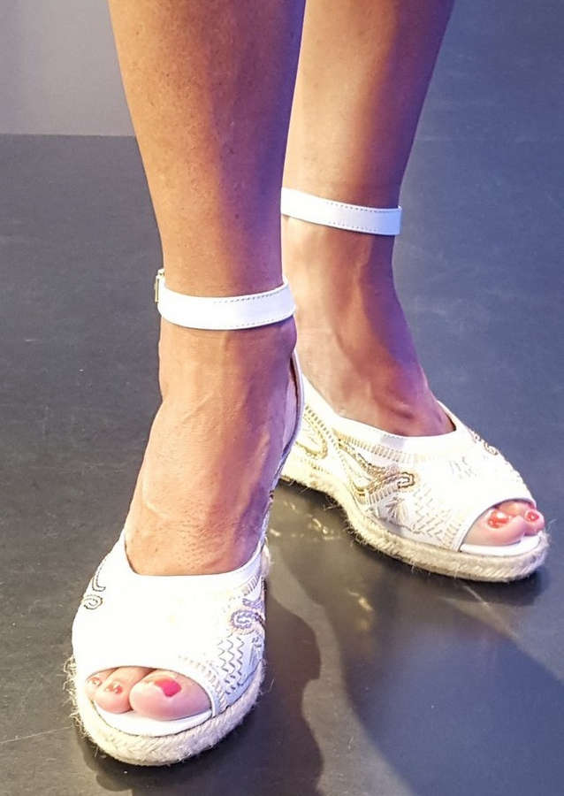 Maria Belen Aramburu Feet